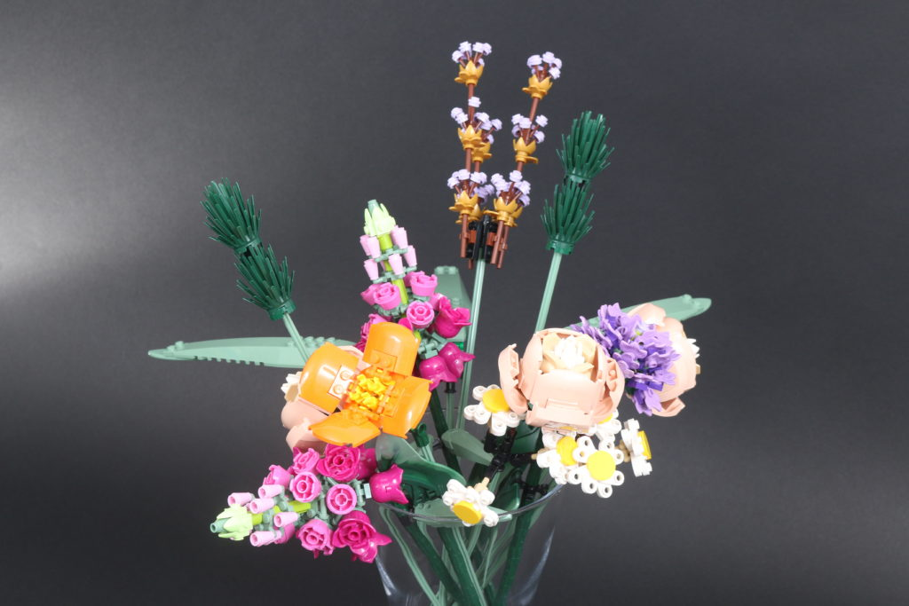 LEGO Botanical Collection 10280 Flower Bouquet Review 25