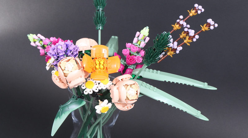 LEGO Botanical Collection 10280 Flower Bouquet Review Title 800x445