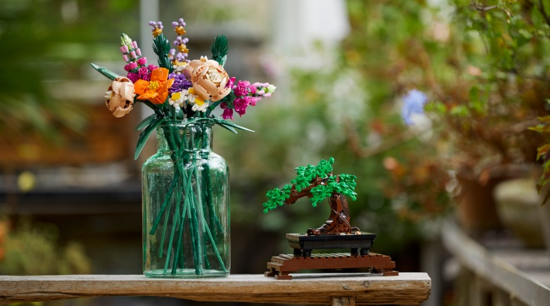 LEGO Botanical Collection Featured 2