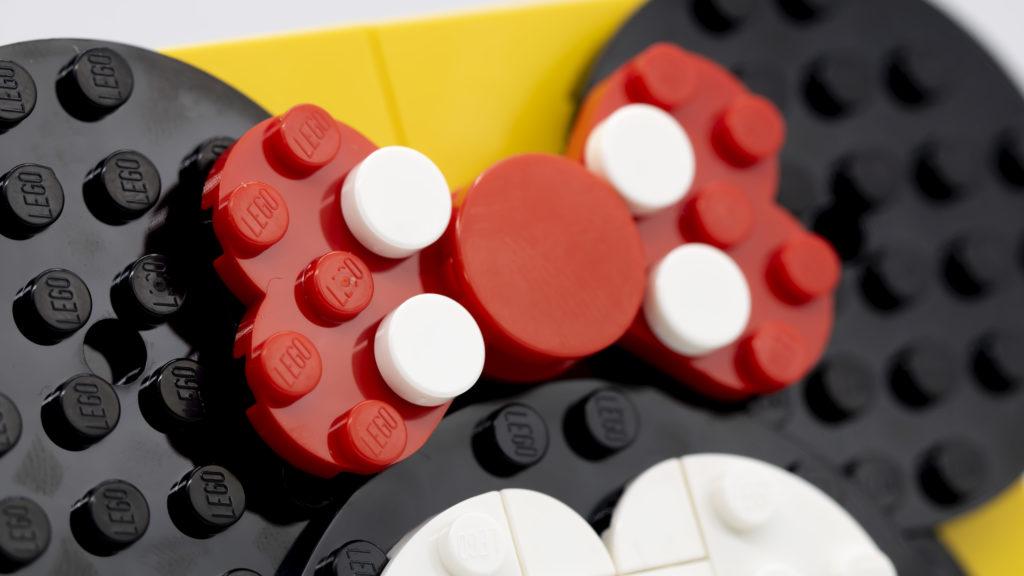 LEGO Brick Sketches 40457 Minnie Mouse 8