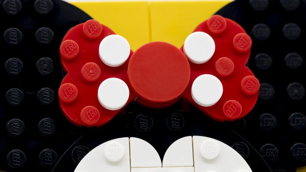 LEGO Brick Sketches 40457 Minnie Mouse 9