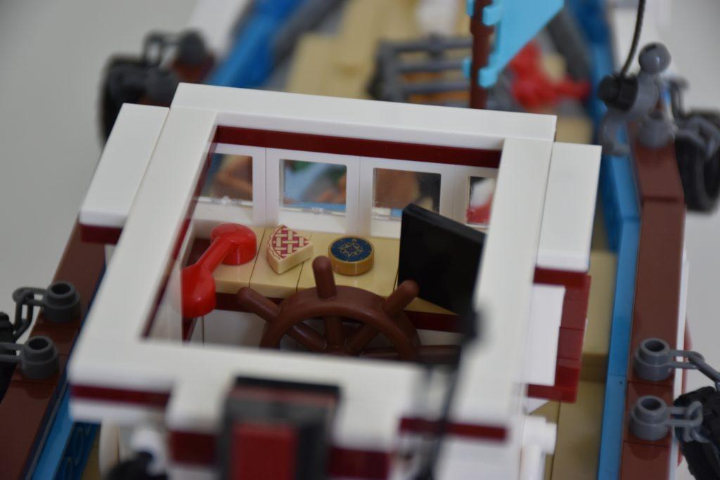 LEGO BrickLink Designer Program Great Fishing Boat 2