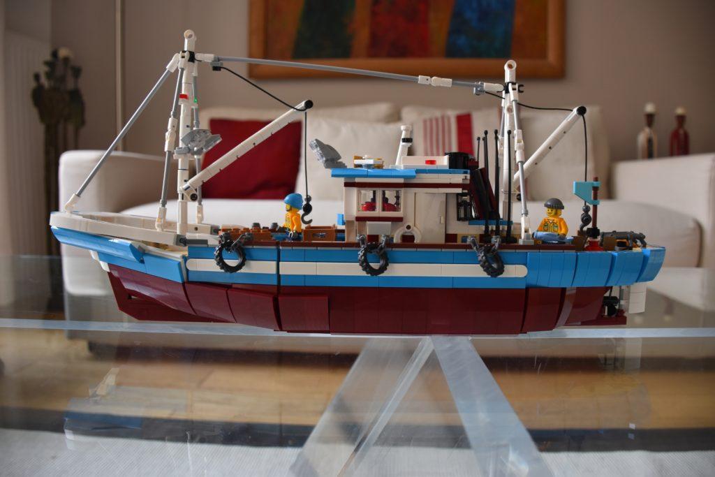 LEGO BrickLink Designer Program Great Fishing Boat 4
