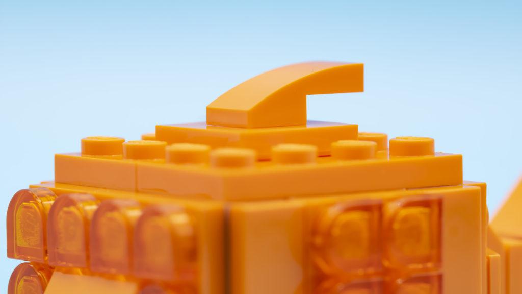 LEGO Brickheadz Pets 40442 Goldfish 10