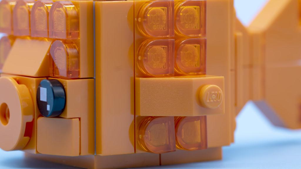 LEGO Brickheadz Pets 40442 Goldfish 8