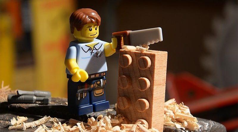 LEGO Brickolage 800x445
