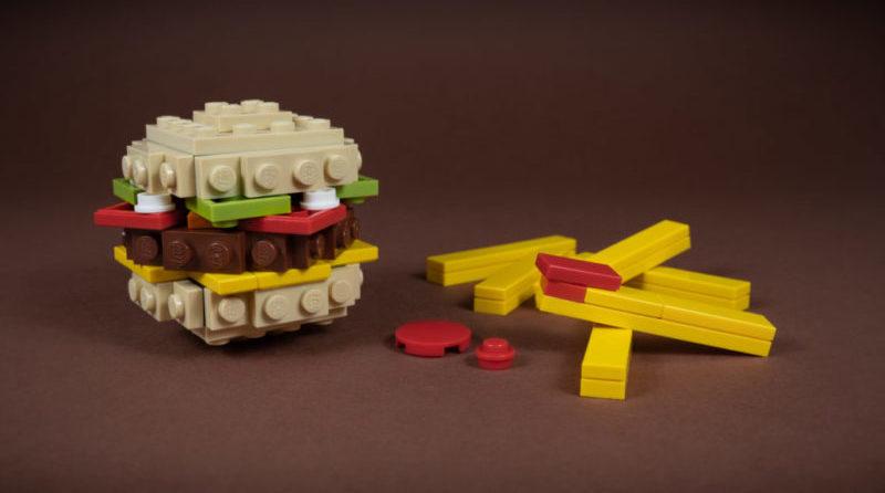 LEGO Burger E1603148879476