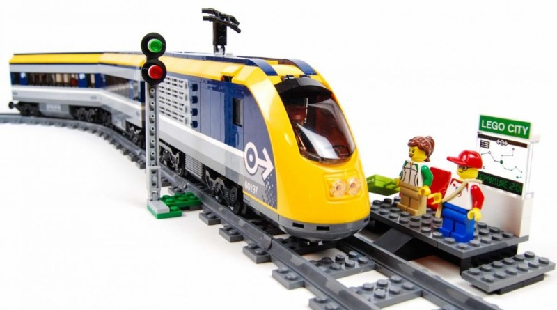 LEGO CITY 60197 Passenger Train Featured