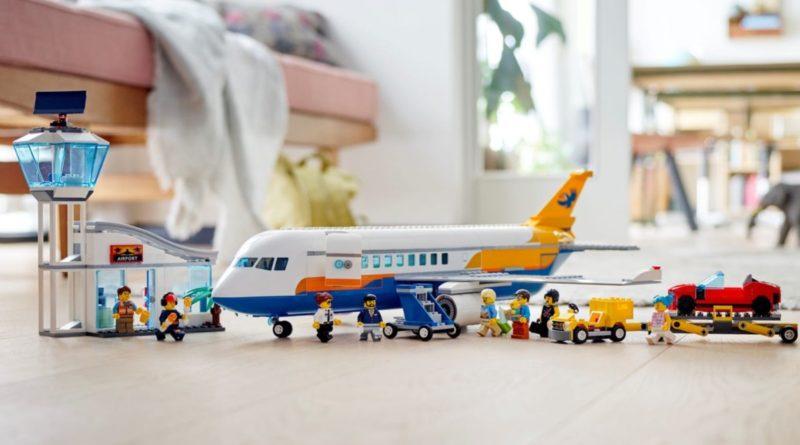 LEGO CITY 60262 Passenger Airplane lifestyle featured