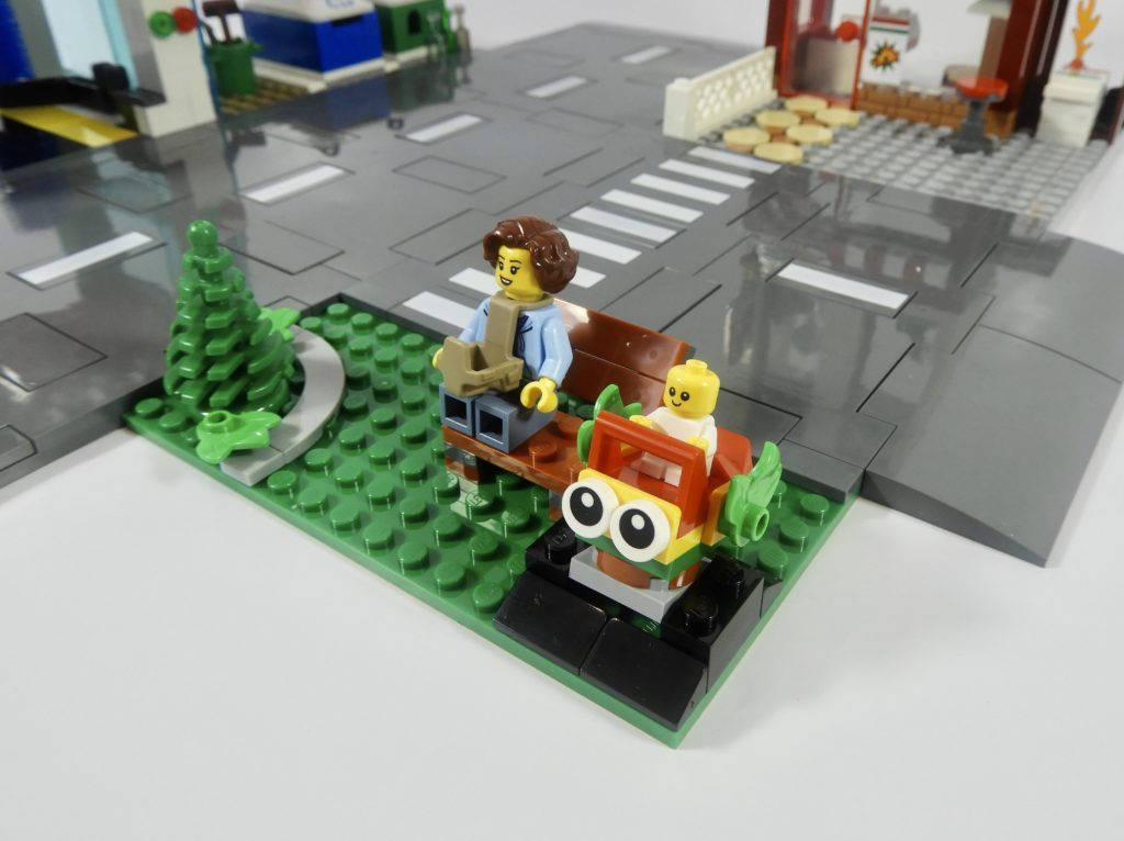 LEGO CITY 60292 Town Center review 8