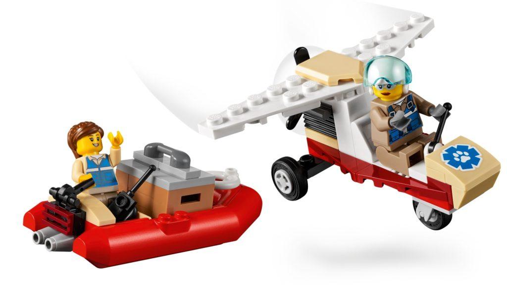 LEGO CITY 60307 Animal Rescue Camp 8