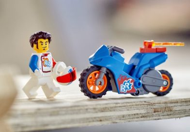 LEGO pulls CITY Stuntz motorbikes from shelves over 'product quality issue'