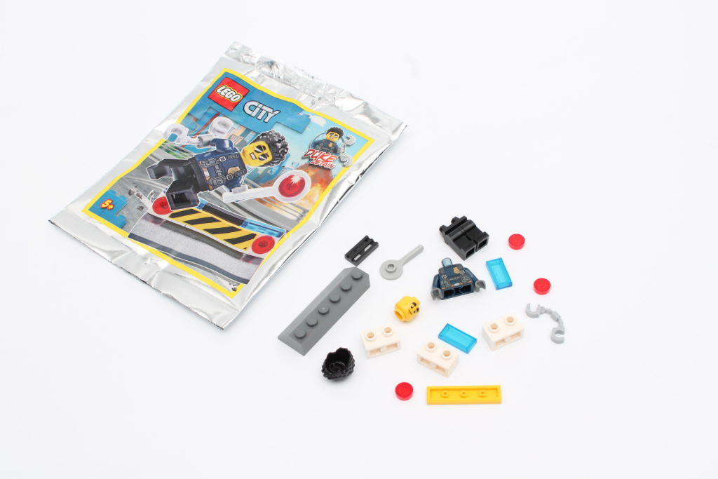 LEGO CITY Magazine Issue 33 03