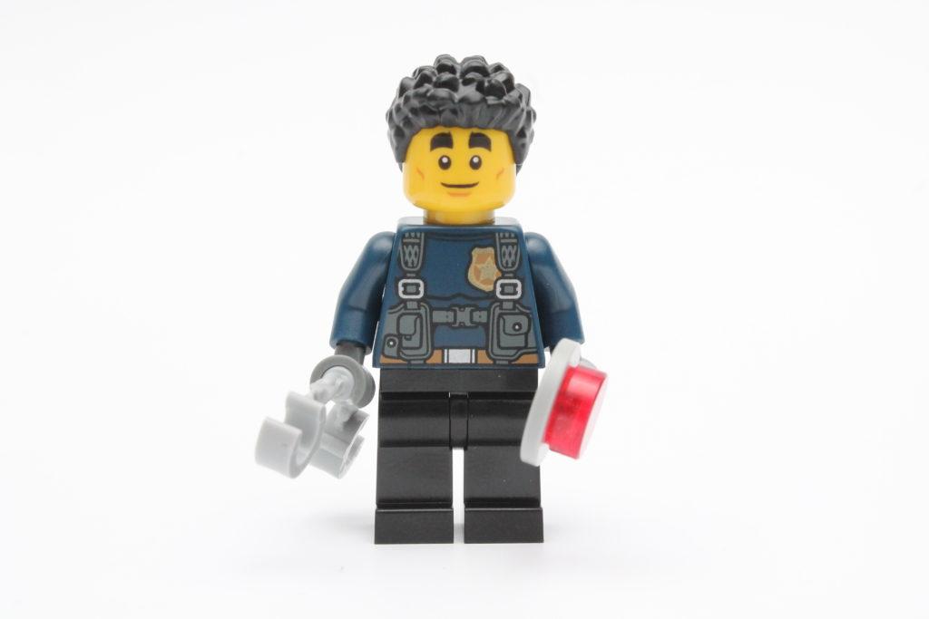 LEGO CITY Magazine Issue 33 06
