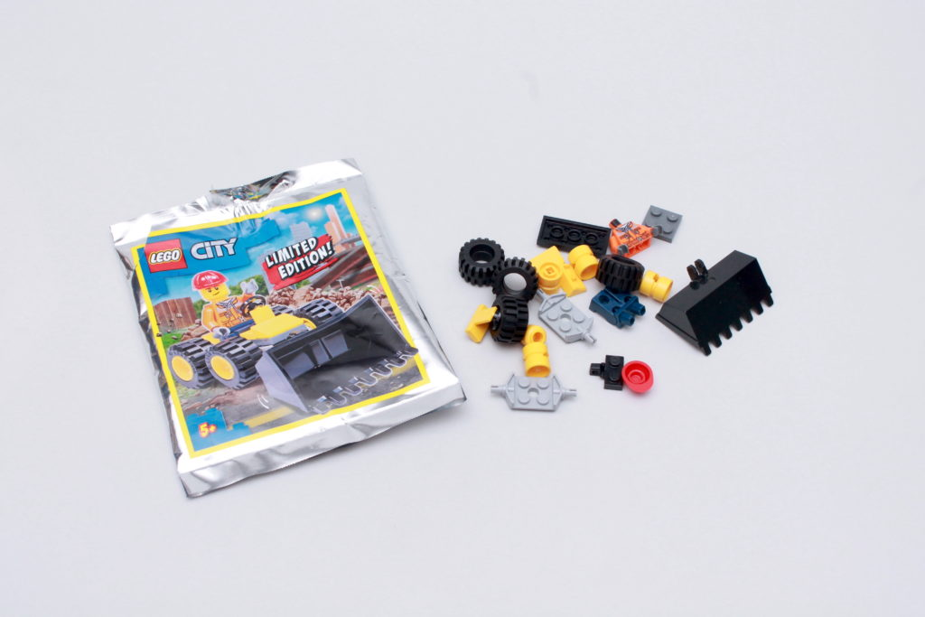 LEGO CITY Magazine Issue 36 8