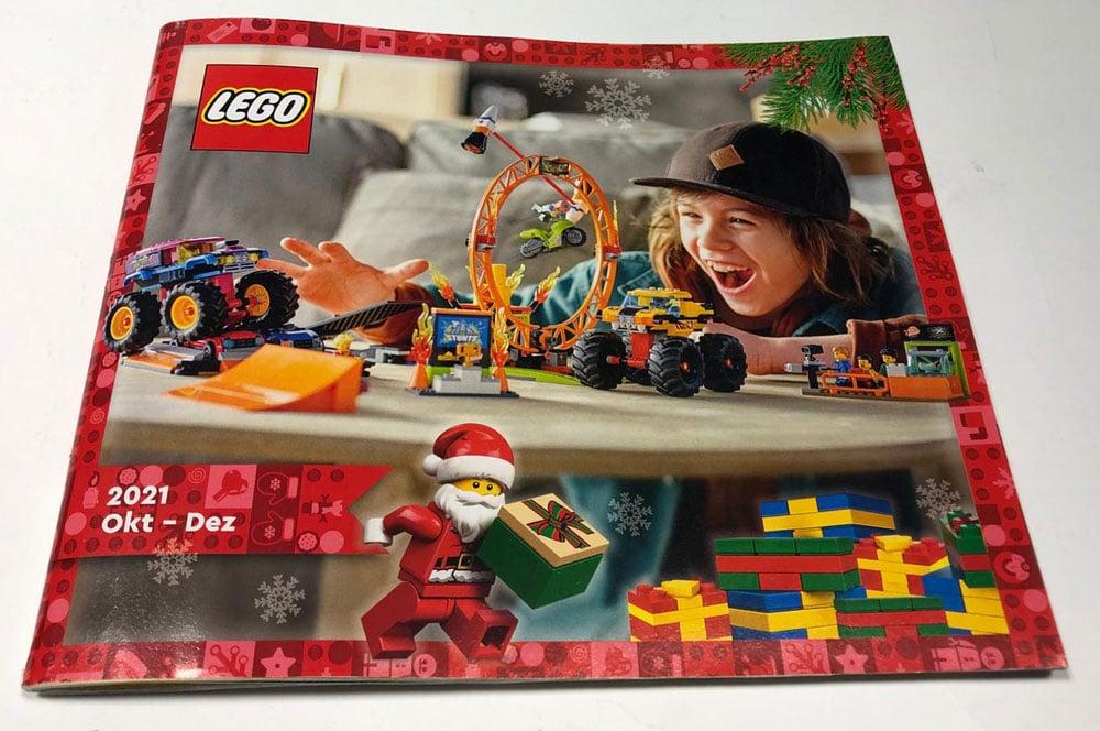 LEGO Christmas Catalogue 2021 1