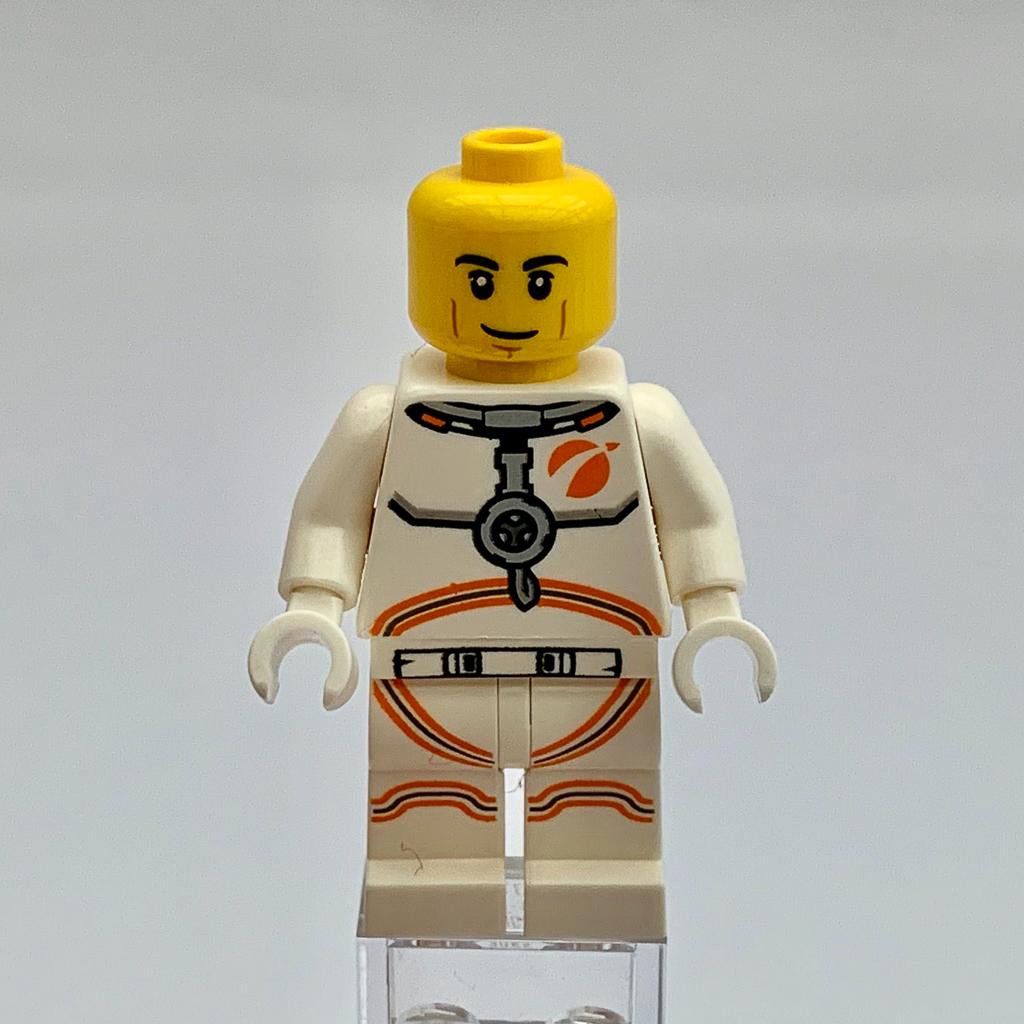 LEGO City 60224 Satellite Service Mission 3