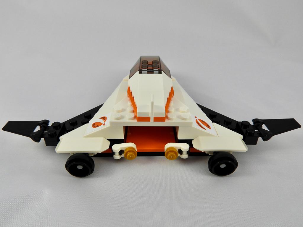 LEGO City 60224 Satellite Service Mission 7