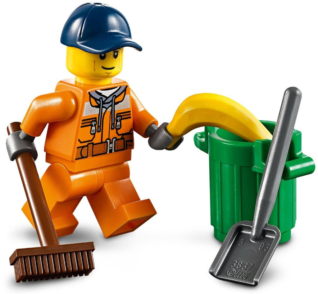 LEGO City 60249 Street Sweeper 4