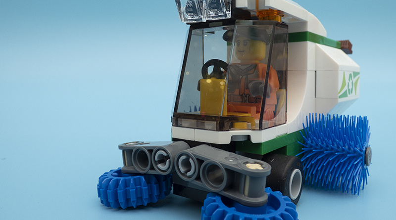 LEGO City 60249 Street Sweeper Featured 800 445