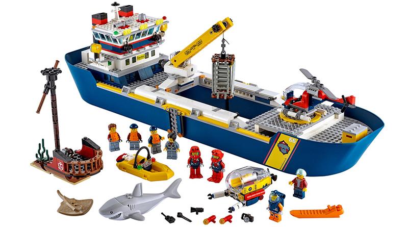 LEGO City 60266 Ocean Exploration Ship Featured 1