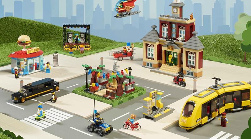LEGO City 60271 Main Square Featured 2