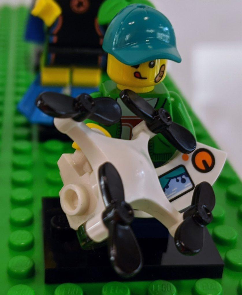 LEGO Collectible Minifigures 71027 Series 20 3