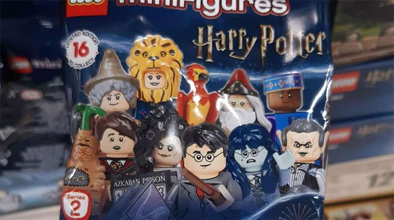 LEGO Collectible Minifigures 71028 Harry Potter Featured
