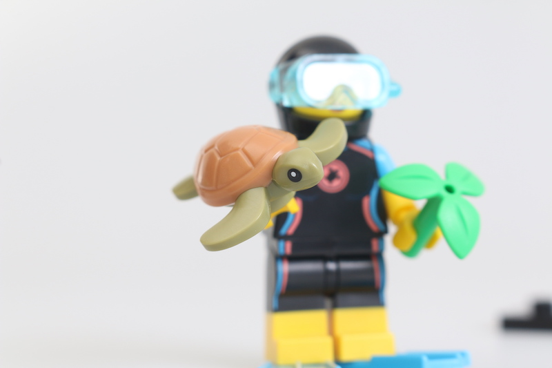 LEGO Collectible Minifigures Series 20 Review 30