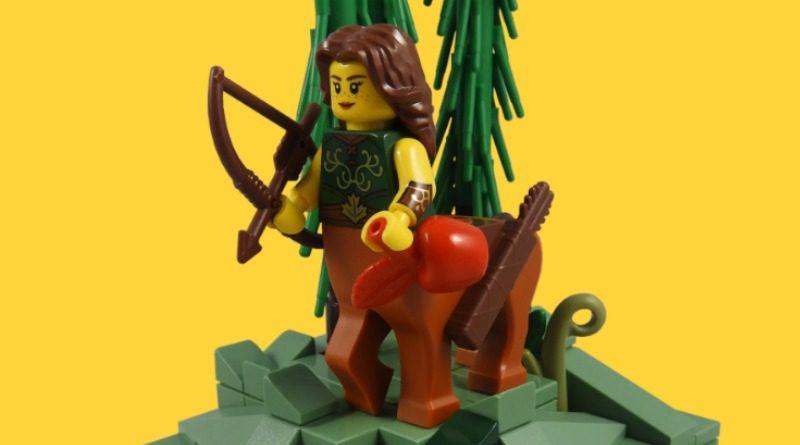 Minifigure da collezione LEGO Serie 21 – Il guerriero centauro in primo piano