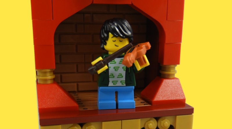 LEGO Collectible Minifigures Series 21 – Violin Kid Featured