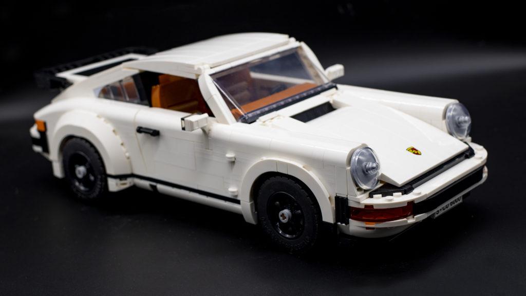 LEGO Creator 10295 Porsche 911 12