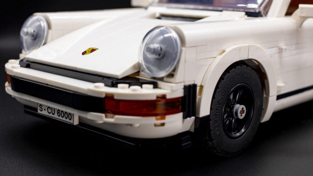 LEGO Creator 10295 Porsche 911 14