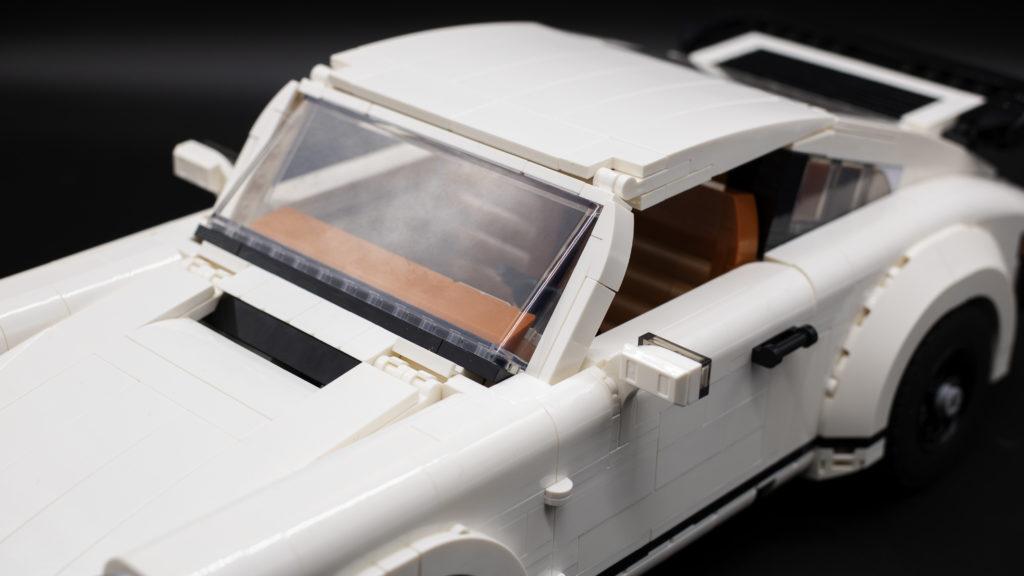 LEGO Creator 10295 Porsche 911 26
