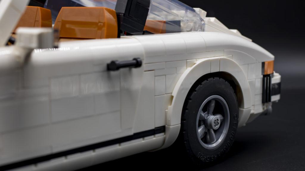 LEGO Creator 10295 Porsche 911 34