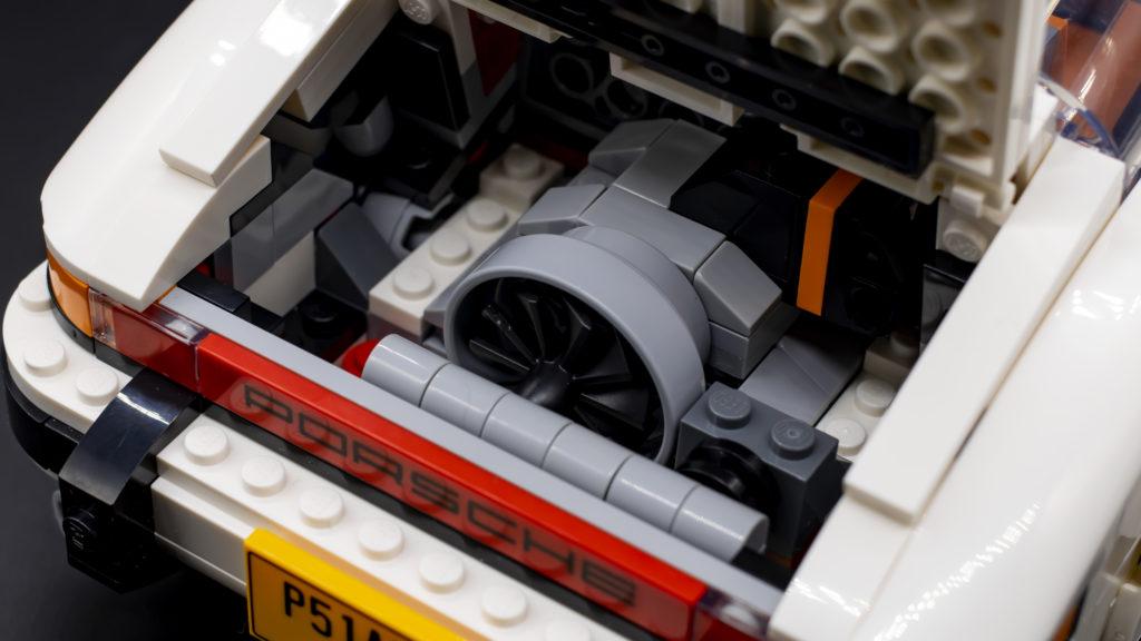 LEGO Creator 10295 Porsche 911 42