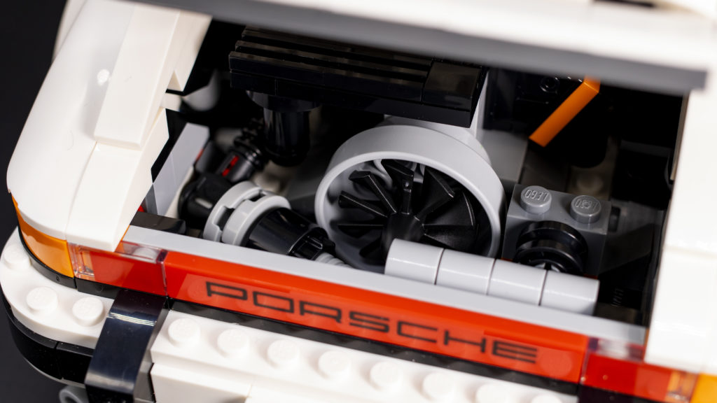 LEGO Creator 10295 Porsche 911 6