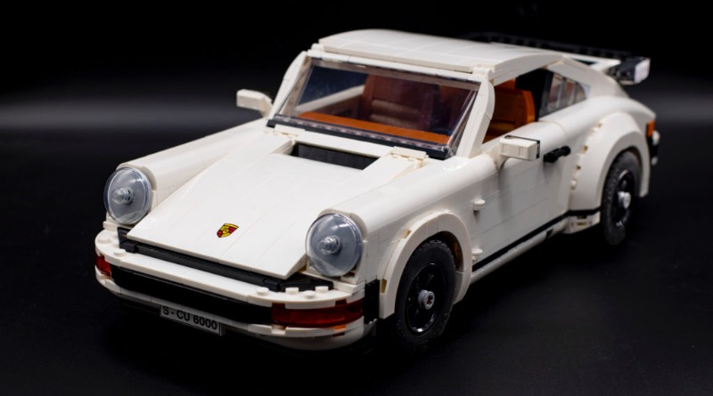 LEGO Creator 10295 Porsche 911 Featured