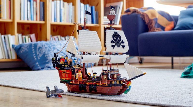 LEGO Creator 3 in 1 31109 Pirate Ship