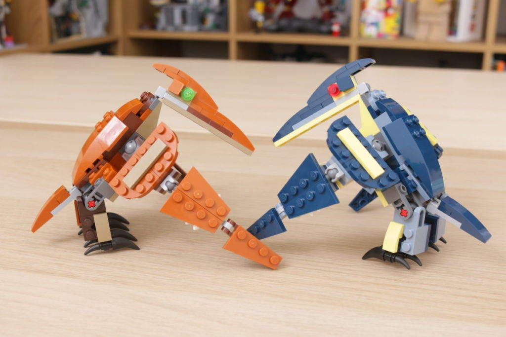 LEGO Creator 3 in 1 77940 Mighty Dinosaurs and 77941 Mighty Dinosaurs review 11