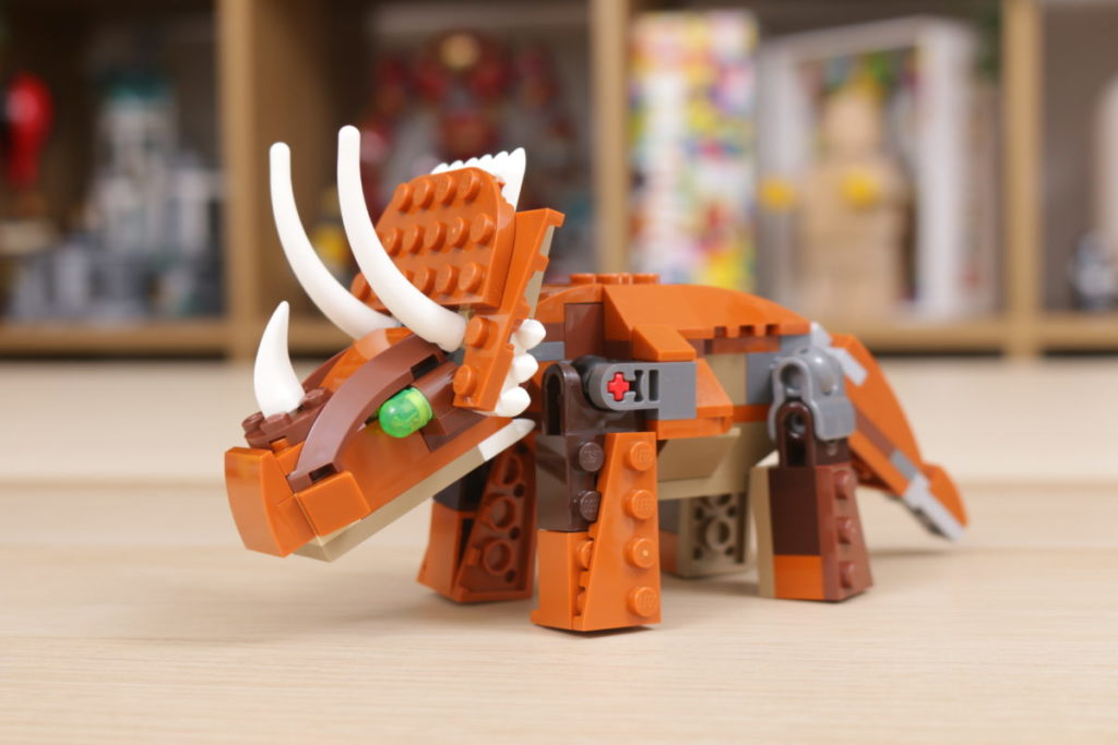 LEGO Creator 3 in 1 77940 Mighty Dinosaurs and 77941 Mighty Dinosaurs review 18