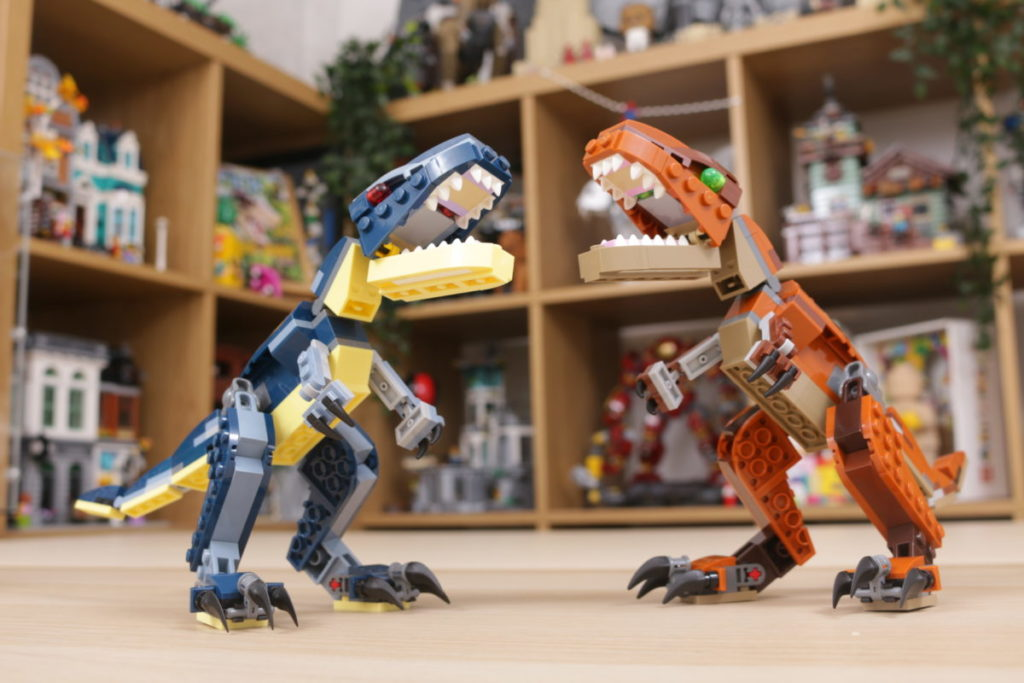 LEGO Creator 3 in 1 77940 Mighty Dinosaurs and 77941 Mighty Dinosaurs review 22