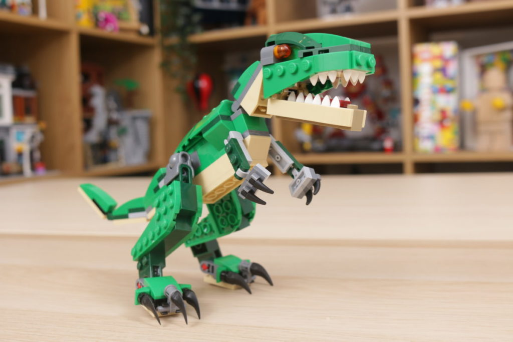 LEGO Creator 3 in 1 77940 Mighty Dinosaurs and 77941 Mighty Dinosaurs review 26
