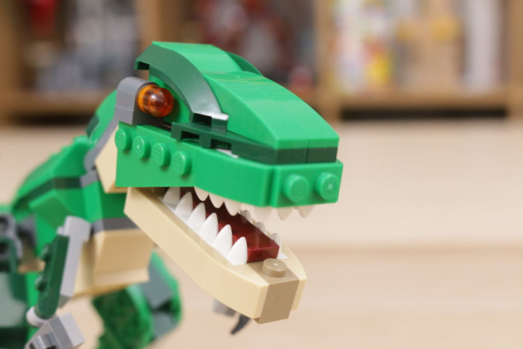 LEGO Creator 3 in 1 77940 Mighty Dinosaurs and 77941 Mighty Dinosaurs review 29