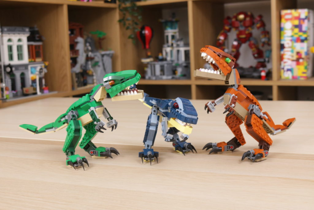 LEGO Creator 3 in 1 77940 Mighty Dinosaurs and 77941 Mighty Dinosaurs review 34