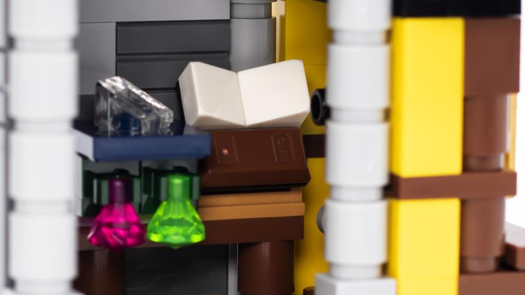 LEGO Creator 3 in 1 Medieval Castle 31120 16