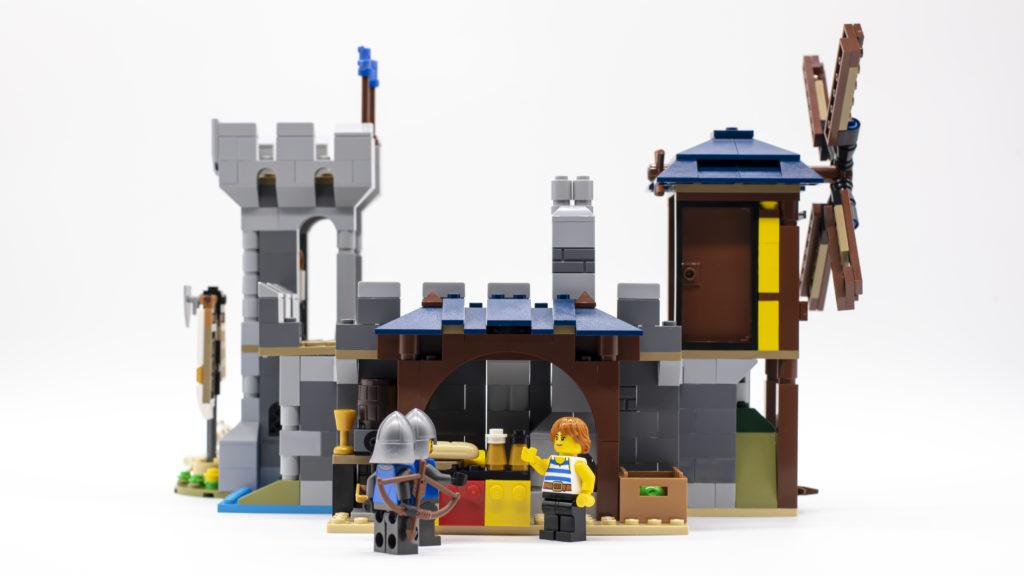 LEGO Creator 3 in 1 Medieval Castle 31120 21