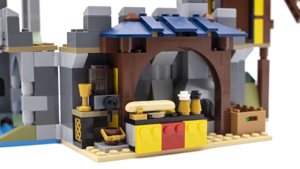 LEGO Creator 3 in 1 Medieval Castle 31120 22