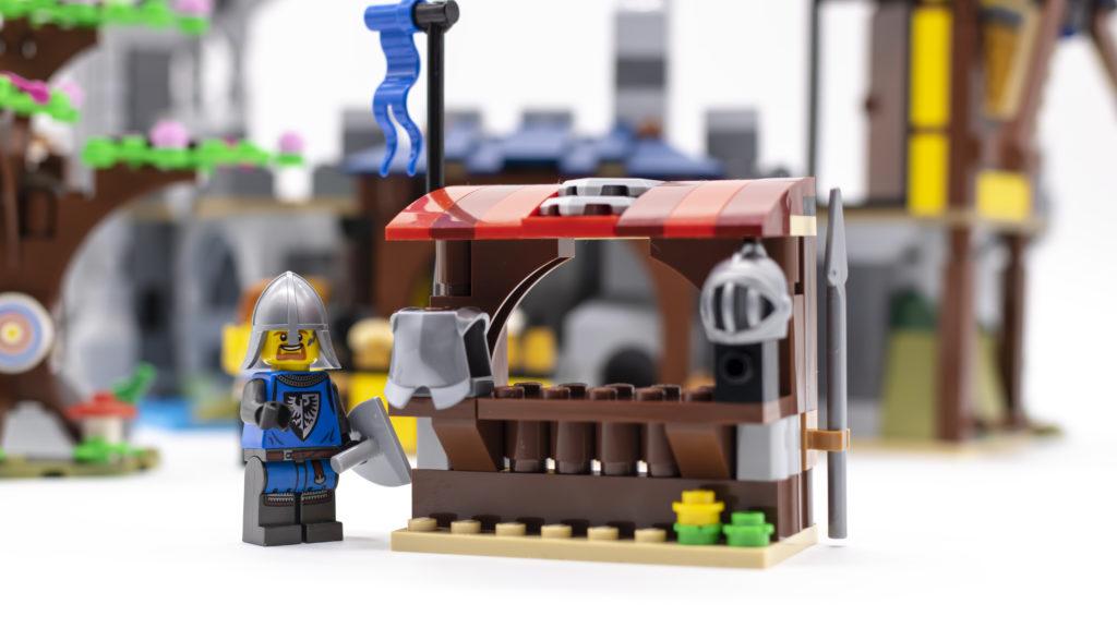 LEGO Creator 3 in 1 Medieval Castle 31120 27