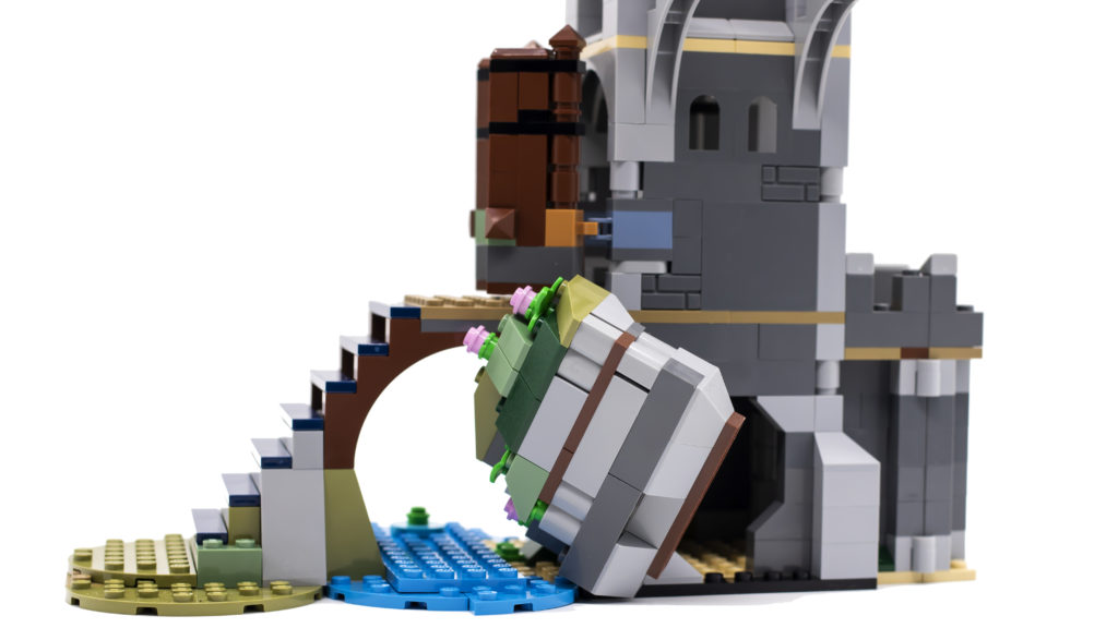 LEGO Creator 3 in 1 Medieval Castle 31120 3